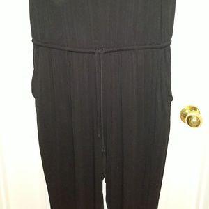 torrid Pants - Torrid jumpsuit size 2 with pockets